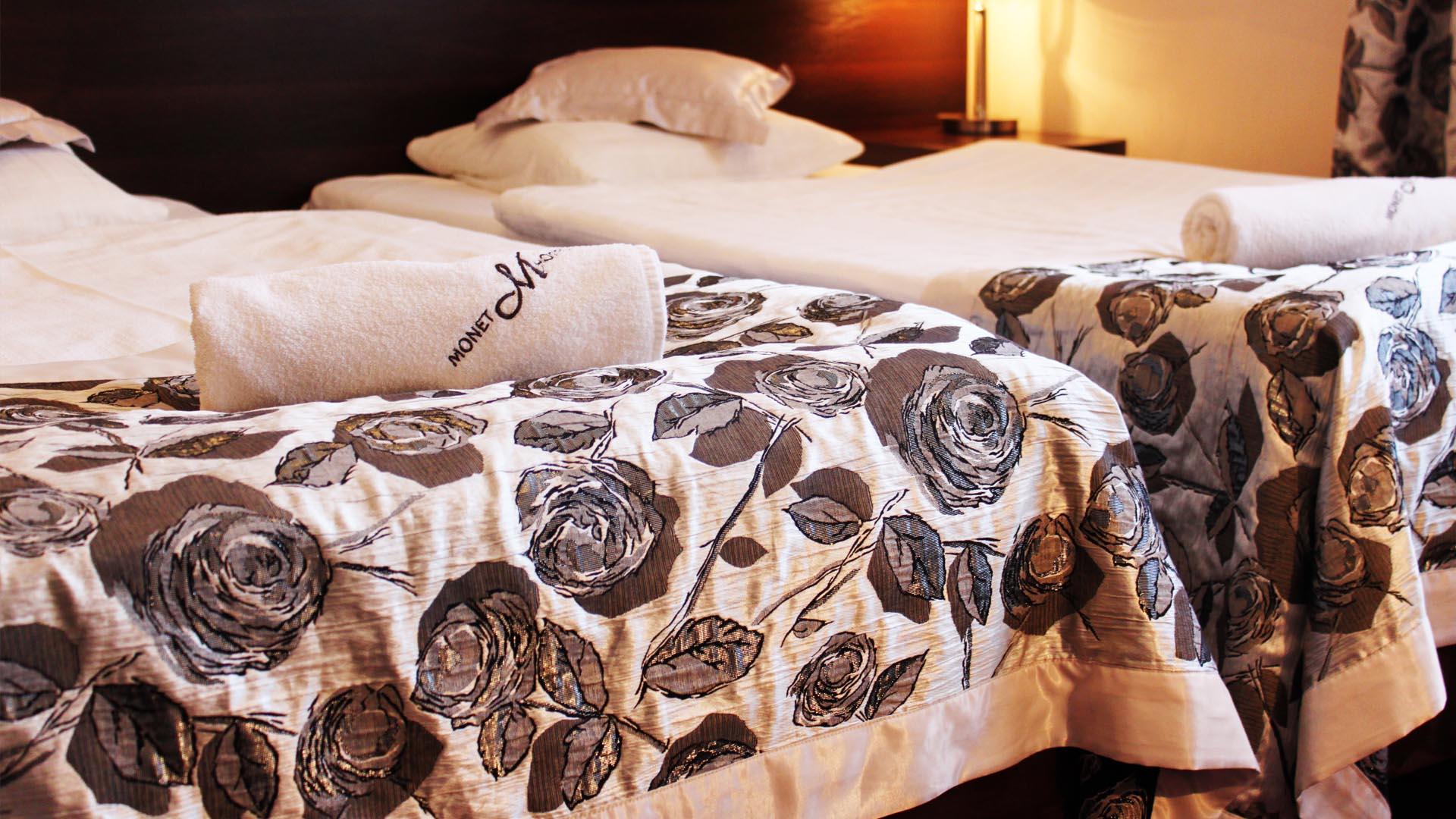 Łóżko hotelowe Monet