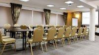 konferencje w sali liliowej