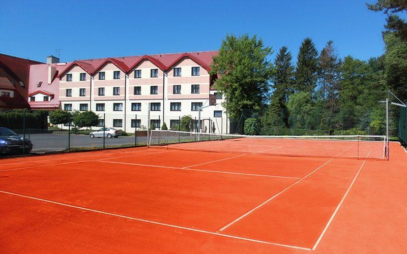 kort do tenisa
