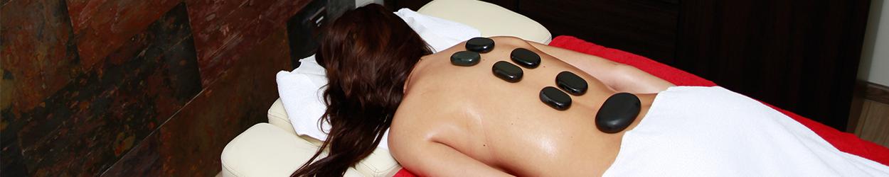 masaż kamienie