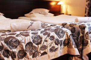 pokój w hotelu monet