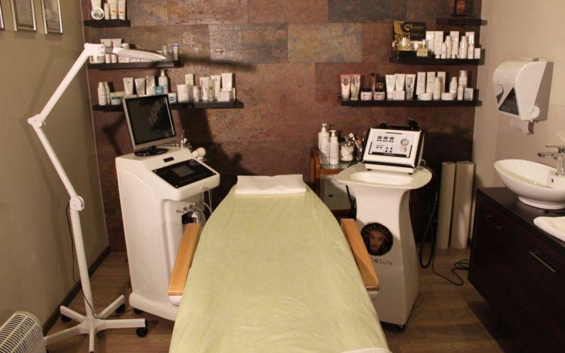 kozetka przeznaczona do masażu