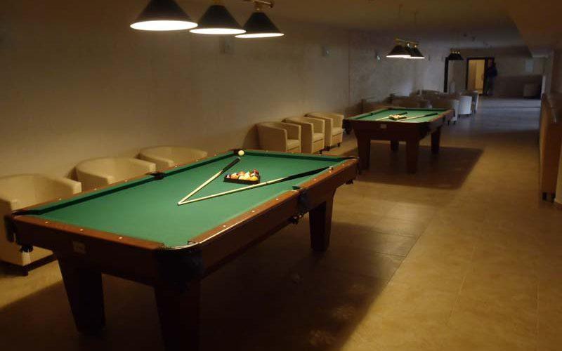 bowl club w hotelu - bilard